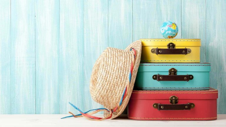 Expert Advice on Relocating Overseas min | Emily Bron - International Lifestyle Consultant